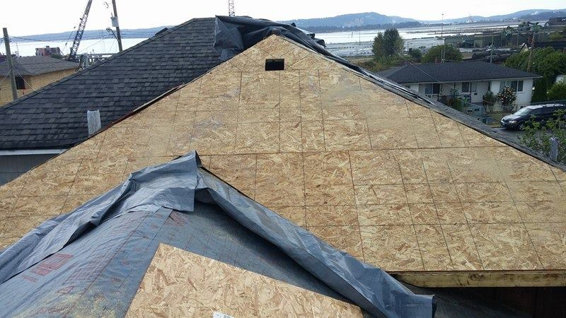 wooden pattern roof Delta | Army Roofing Inc.