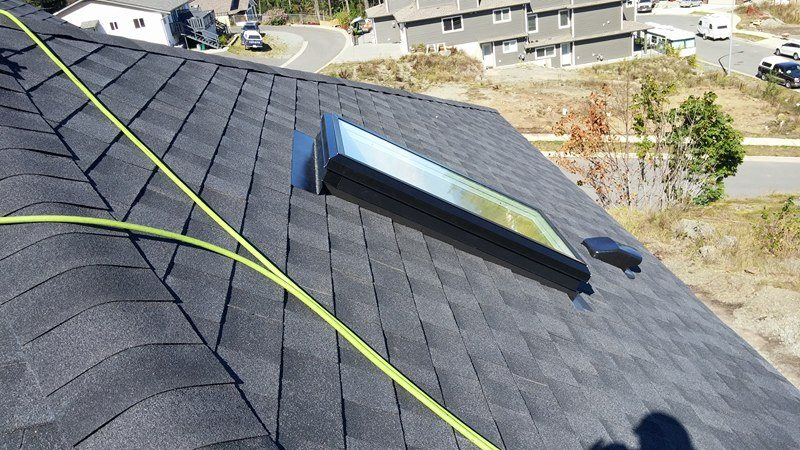 roofing with skylight Delta | Army Roofing Inc.